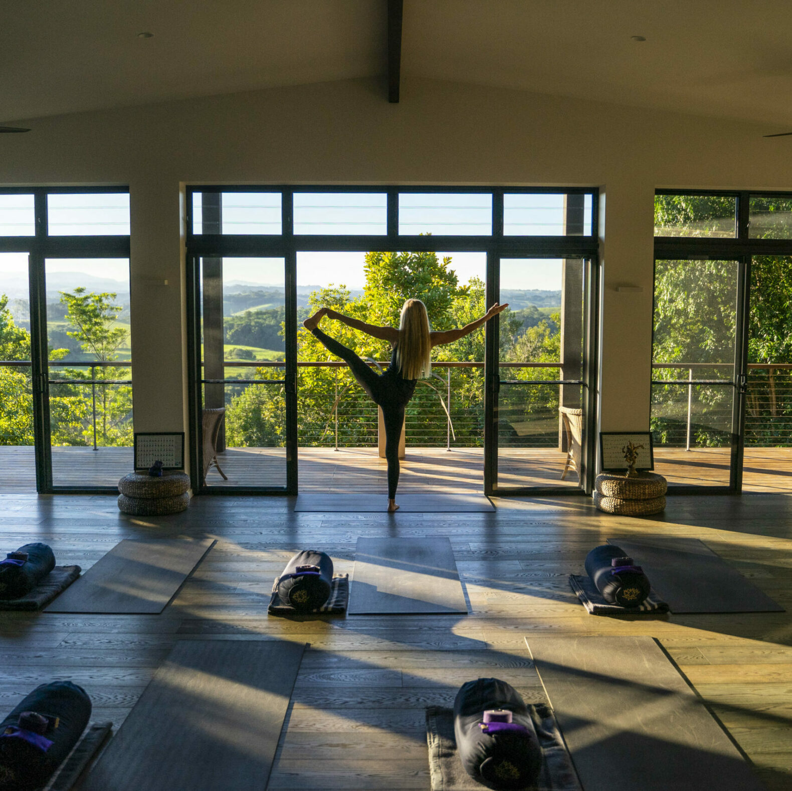 light-samadhi-yoga-room-gaia-retreat-spa-healing-hotel-australia