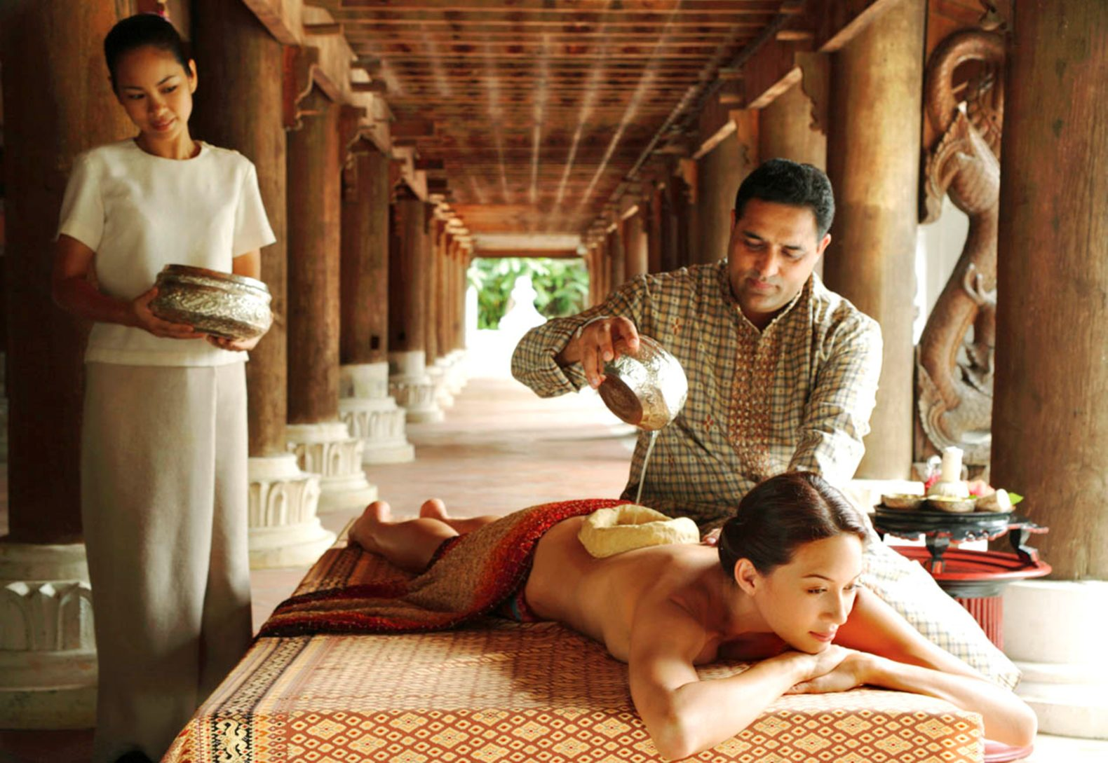 ayurvedic-treatment-spa-massage-oil-dhara-dhevi-chiang-mai-thailand-asia