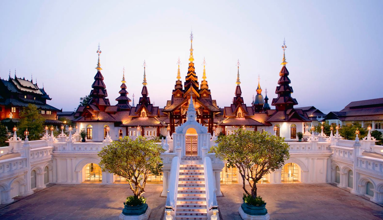 main-lobby-entrance-traditional-towers-impressive-dhara-dhevi-chiang-mai-thailand-asia