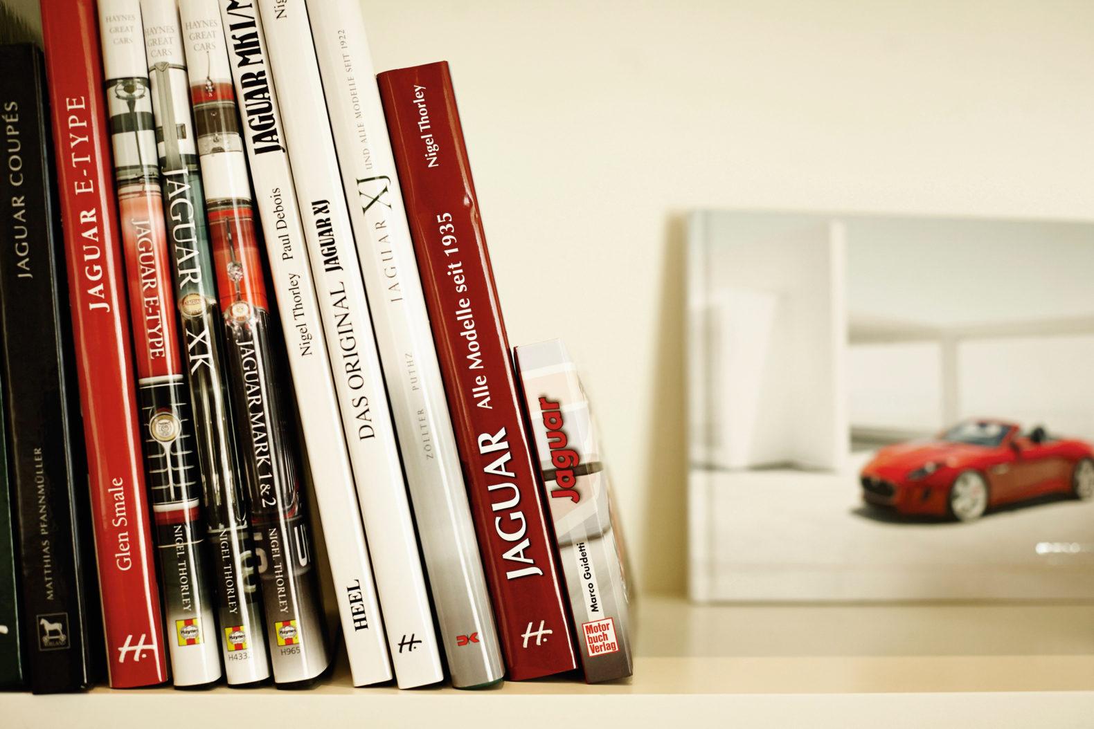 bookshelf-jaguar-suite-history-car-sans-souci-wien-vienna-austria
