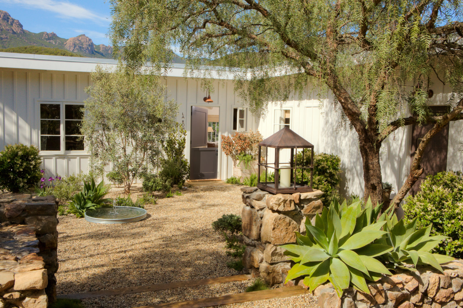 outdoor-nature-entrance-plants-the-ranch-at-live-oak-malibu-usa-america