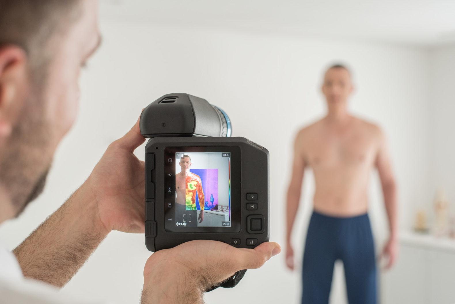 medical-check-thermal-camera-holistic-body-health-longevity-kurotel-medical-center-spa-braziljpg