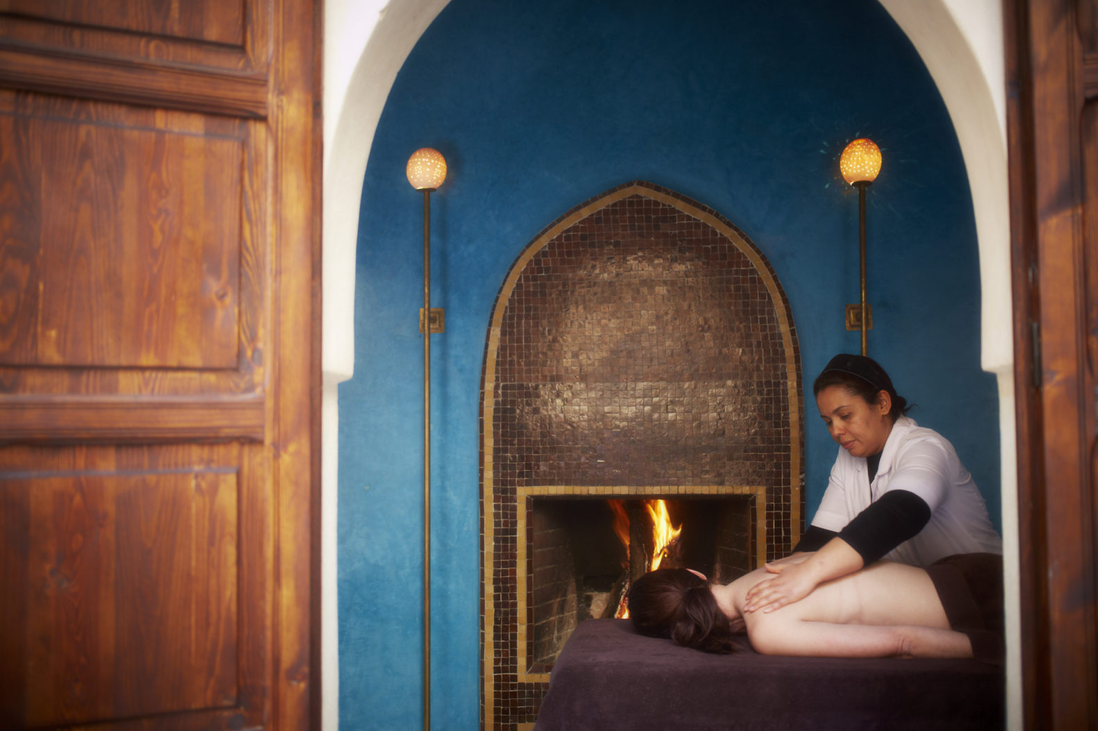 spa-massage-fireplace-relax-renew-el-fenn-morocco-marrakesh