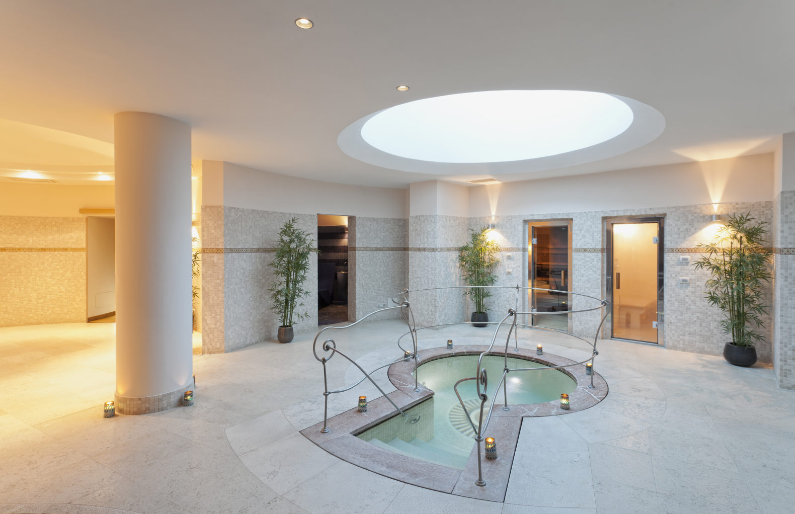 wet-zone-spa-treatment-area-sauna-terme-manzi-italy