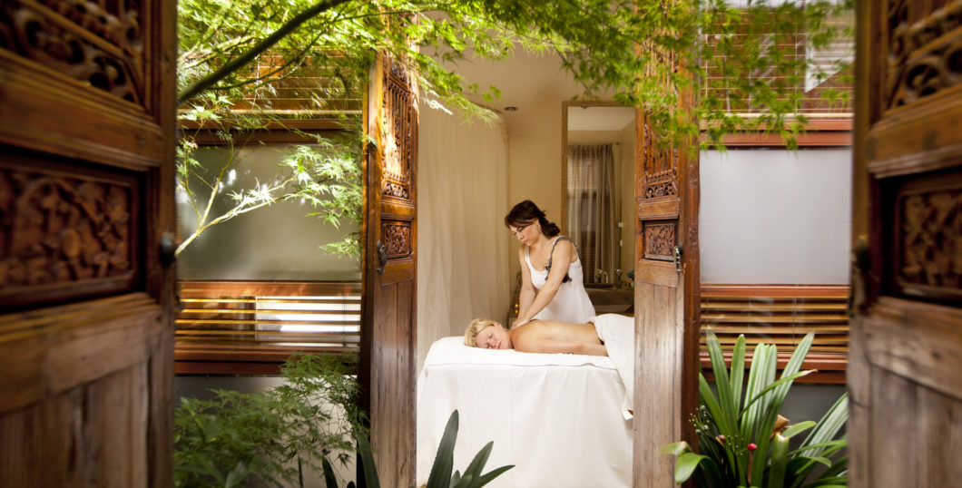 treatment-spa-relax-massage-oil-deep-tissue-wood-plants-samadhi-health-wellness-retreat-australia
