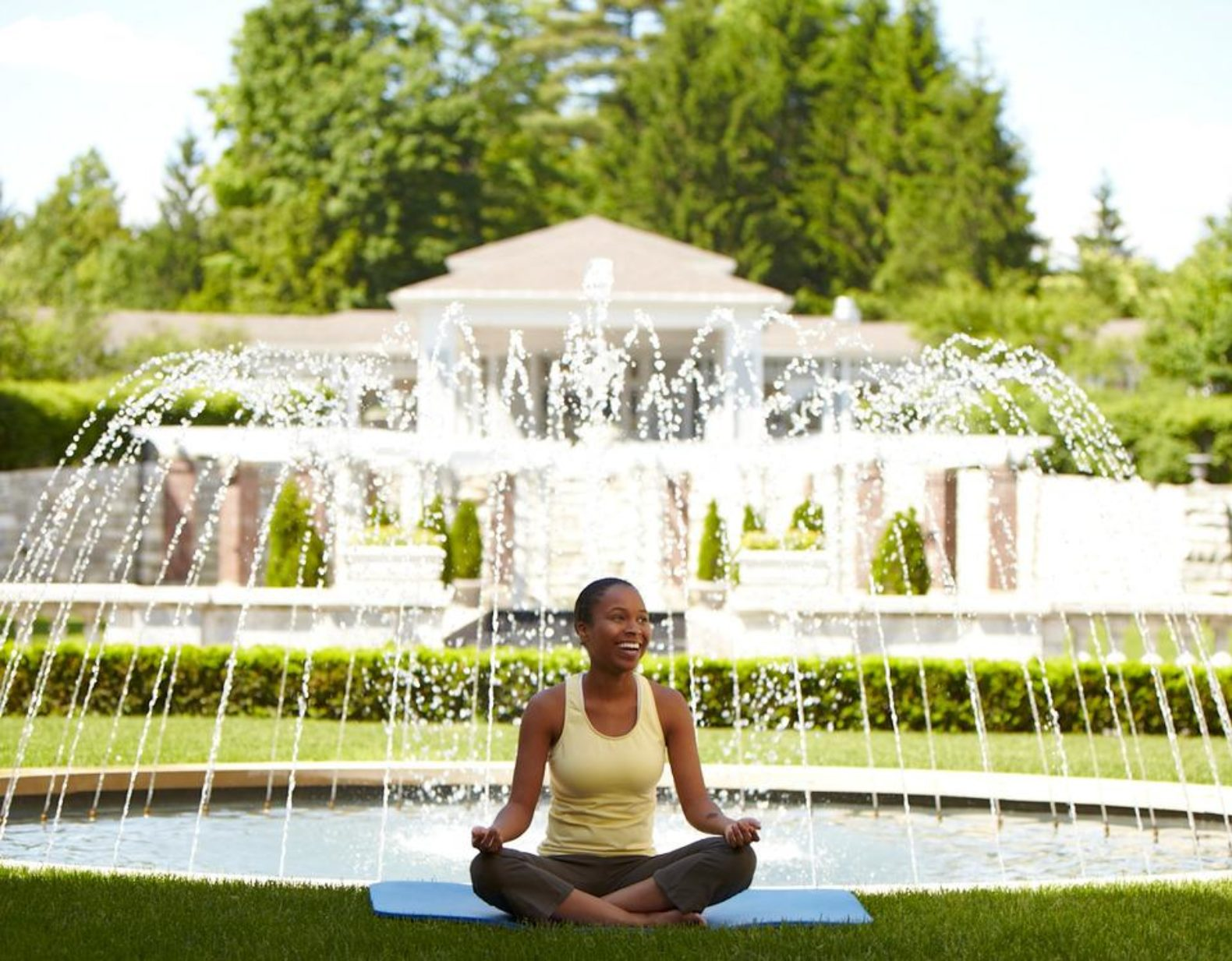 female-yoga-fountain-canyon-ranch-wellness-resort-lenox-massachusetts-usa