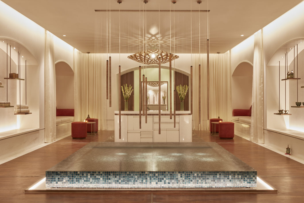 jiva-spa-entrance-lobby-welcoming-area-water-fountain-healing-taj-mahal-palace-mumbai-hotel-india
