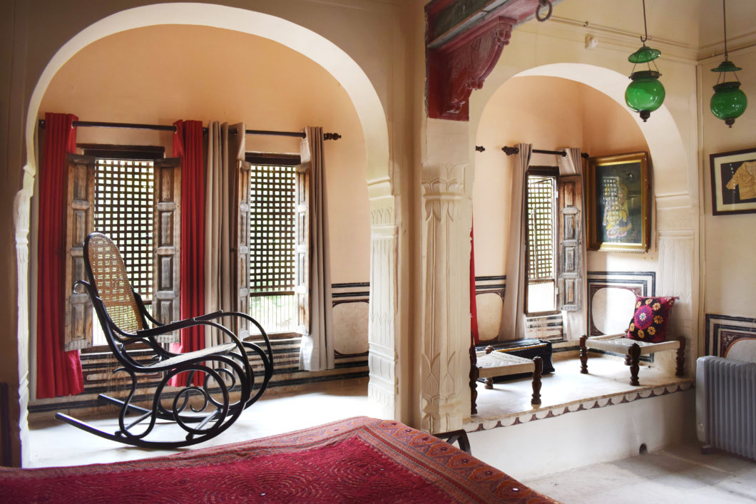 Jhoola Suite-rocking-chair-relax-area-india-vedaaranya haveli