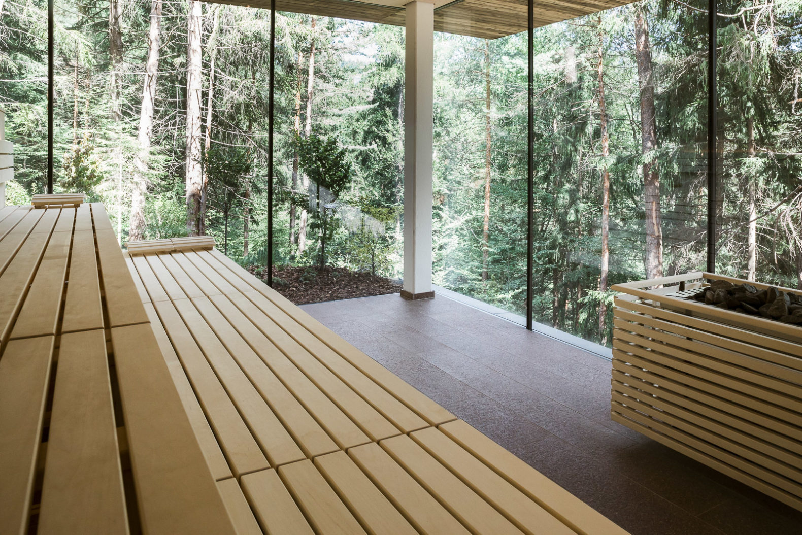 indoor-nature-sauna-nectarandpulse-eco-hotel-saltus-south-tyrol-italy