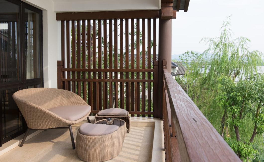balcony-seating-area-view-malayada