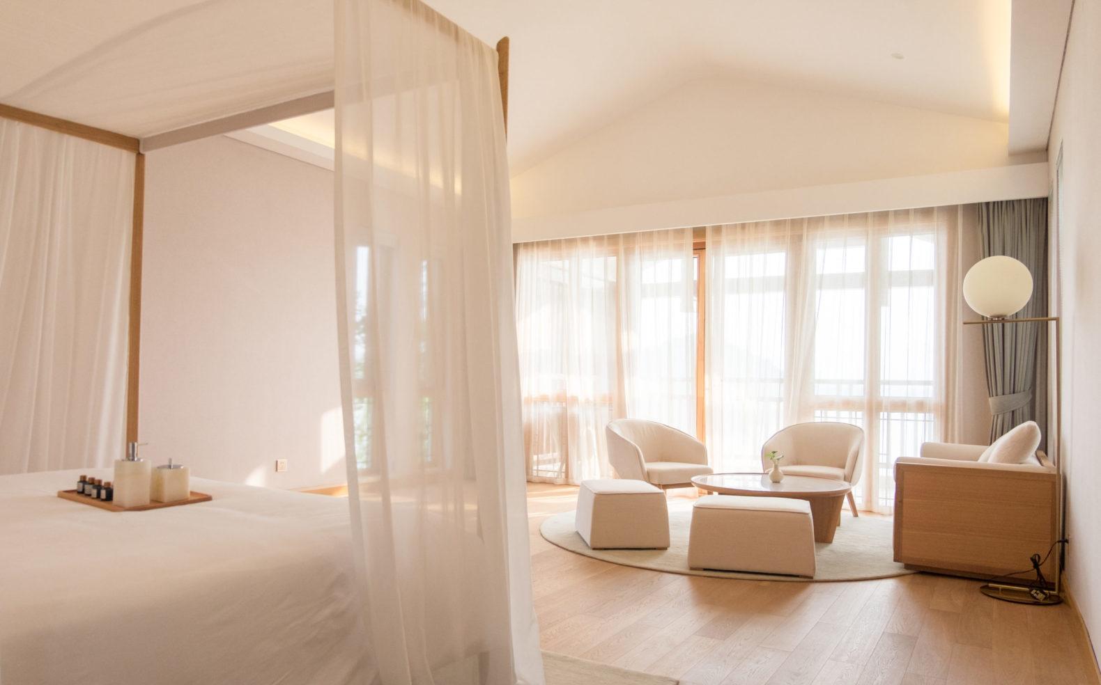 bright-room-mayada