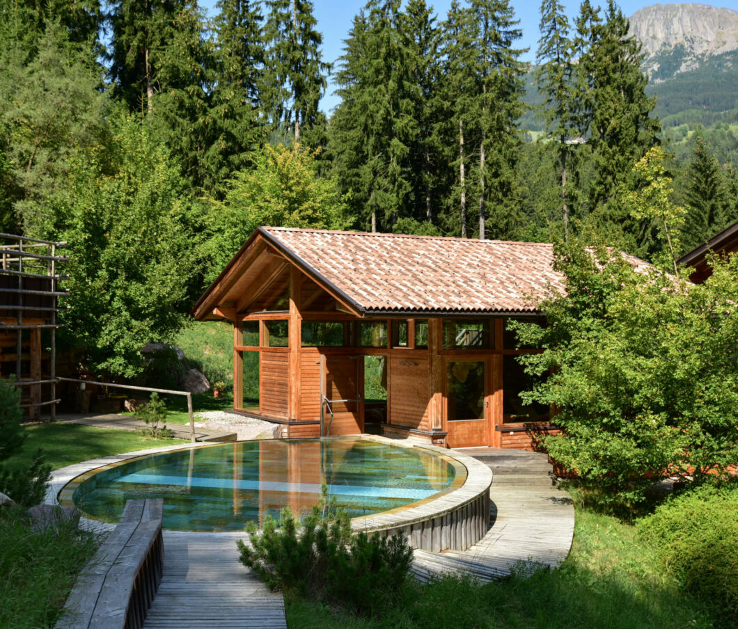 outdoor_pool_nature_Hotel & Restaurant Bad Schorgau_16